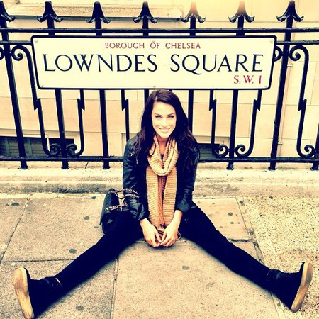 Jessica Lowndes is having a great time in London