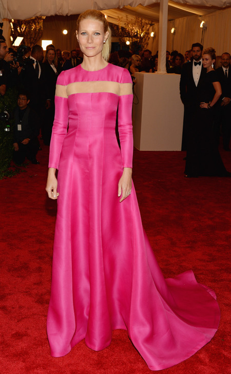 Gwyneth Paltrow wears pink Valentino to Met Ball 2013