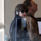Anne Hathaway loves Frends Layla headphones
