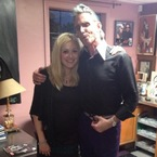 Fearne Cotton shows off post-pregnancy pins at tattoo parlour