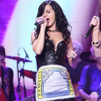Katy Perry rocks Mary Katrantzou for Rolling Stones style