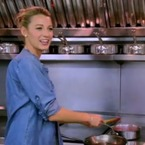 Blake Lively bakes a goats' cheese pastry for din dins