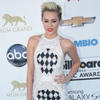 Miley Cyrus suits up in Balmain at Billboard Awards