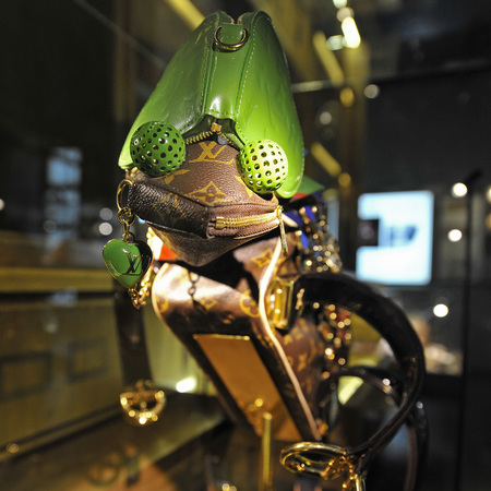 Chameleon made from Louis Vuitton handbags