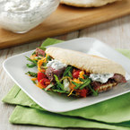Spiced lamb flatbreads with garlic and mint