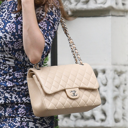 Kelly Brook's cream Chanel bag