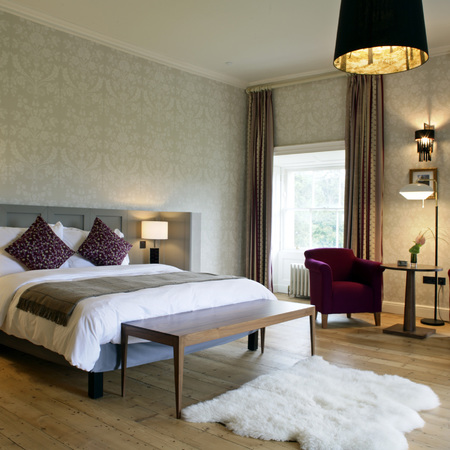 Radisson Blu Farnham Estate - suite preview