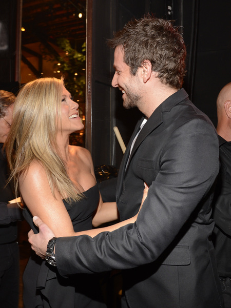 Jennifer Aniston and Bradley Cooper dance together
