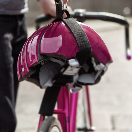 For commuter cyclists: The foldable helmet
