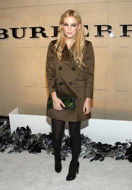 Riley Keough style gallery
