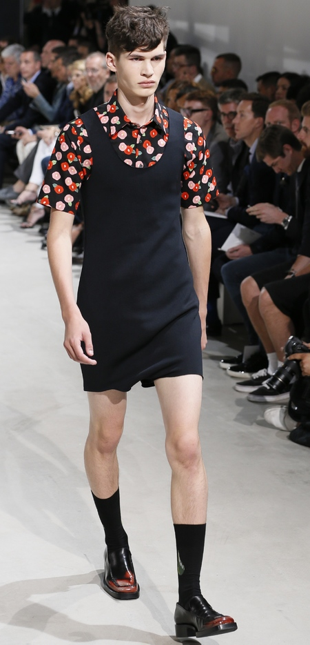 Runway look from the Raf Simons SS 14 menswear collection