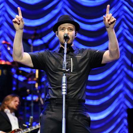 Justin Timberlake performs headline set on the main stage at Wireless Festival 2013