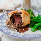 Cute as they are tasty: Mini Beef Wellingtons