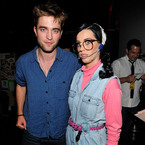 "Katy Perry: ""I'm like Robert Pattinson's big sister"""