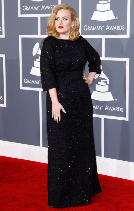 Adele wearing Spanx at the 2012 Grammy Awards