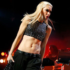 It's official. Gwen Stefani has the best celebrity abs