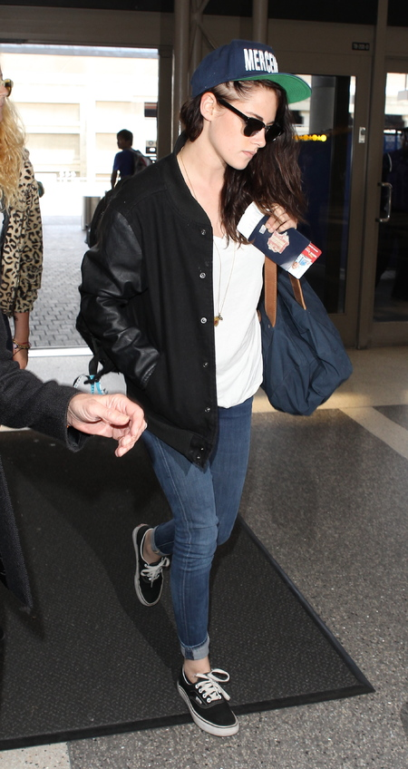 Kristen Stewart pictured at the airport in LA