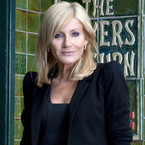 Michelle Collins to leave Coronation Street