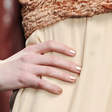 Champagne nails at Felder Felder