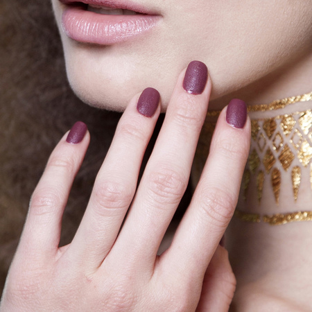 Textured heather nails at L'Wren Scott