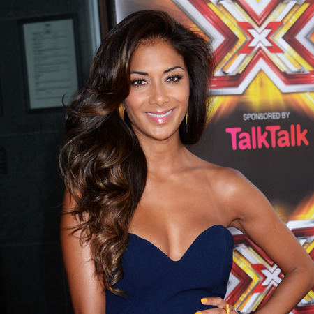 Apparently, we all want Nicole Scherzinger, Kelly Brook & Kate Middleton's long locks