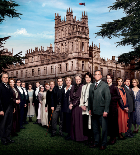 Downton Abbey series 4 promotional picture