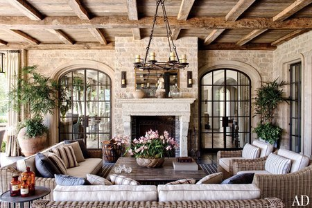 Gisele's living room