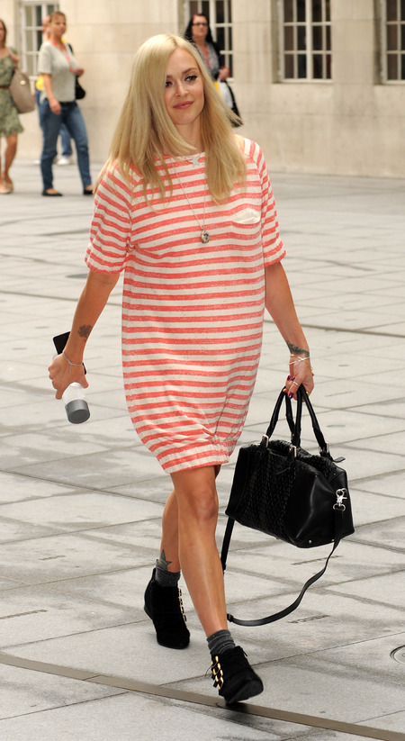Fearne Cotton rocks red stripes for 32nd birthday