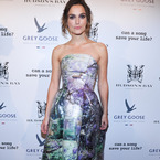 Keira Knightley  wows in Mary Katrantzou prints