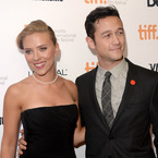 Joseph Gordon-Levitt talks Scarlett Johansson's sex appeal