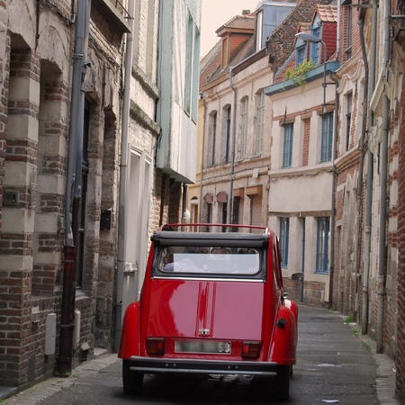 Driving around in Lille, France in a 2CV car