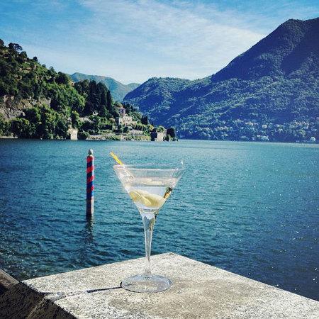 Rosie Huntington-Whiteley holidays on Lake Como, Italy