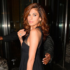Eva Mendes is honoured at the Icons of Style gala