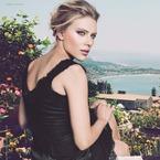 Scarlett Johansson debuts new D&G Passioneyes mascara