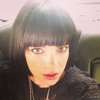 Lily Allen returns to signature black bob hairstyle