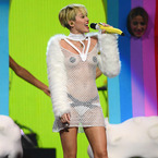Miley Cyrus compares herself to US president