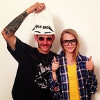 Cara Delevingne gives Terry Richardson the thumbs up