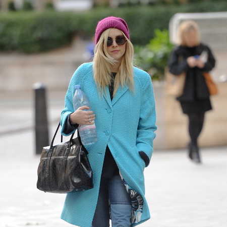 Fearne Cotton - aqua blue coat - mulberry bayswater bag - handbag