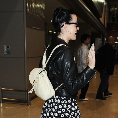 Katy Perry - channel backpack - handbag - Tokyo airport