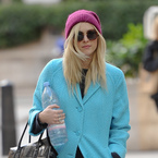 Fearne Cotton sports Mulberry Bayswater