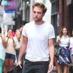 Is Robert Pattinson the new Taylor Swift?