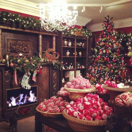fortnum and mason christmas shop - free days out london