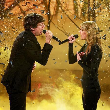 Taylor Swift and Gary Lightbody - performance - x factor 2013 - the last time