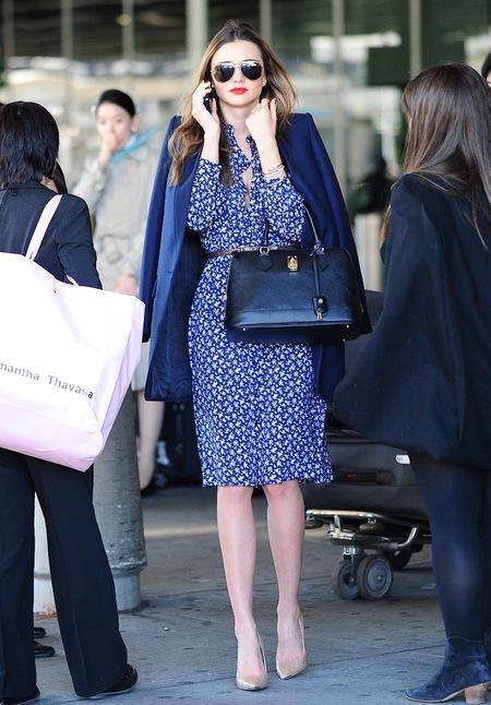 Miranda Kerr - spotted with handbag - Samantha Thavasa Azayle Lock Bag - celebrity photos - style - handbag.com