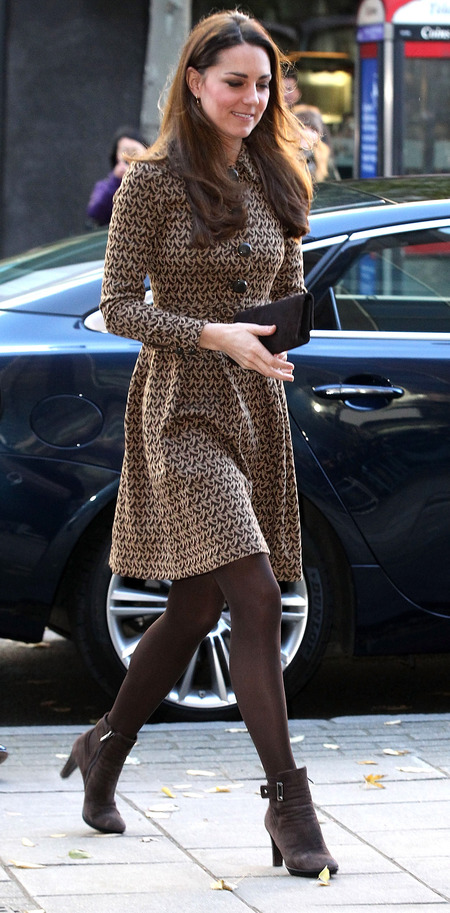 kate middleton wearing brown orla kiely dress - london charity visit - duchess of cambridge style - how to wear brown - handbag.com