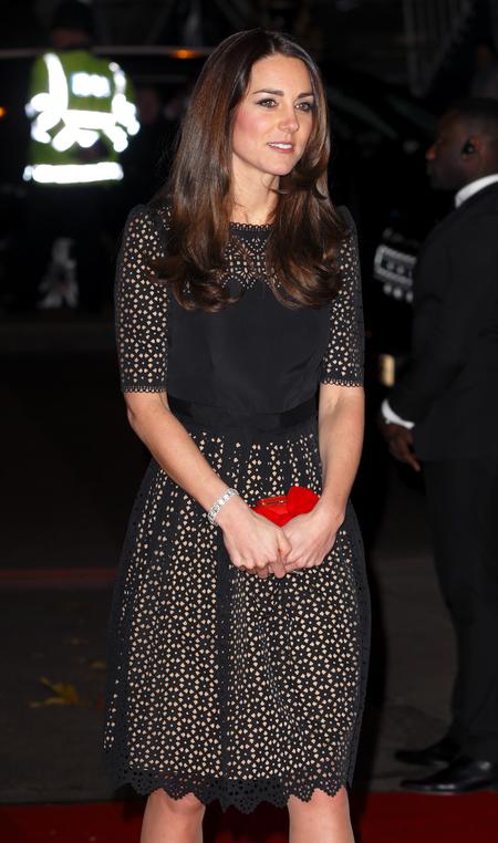 Kate Middleton - Sports Aid ball - alexander mcqueen - red clutch bag - handbag.com
