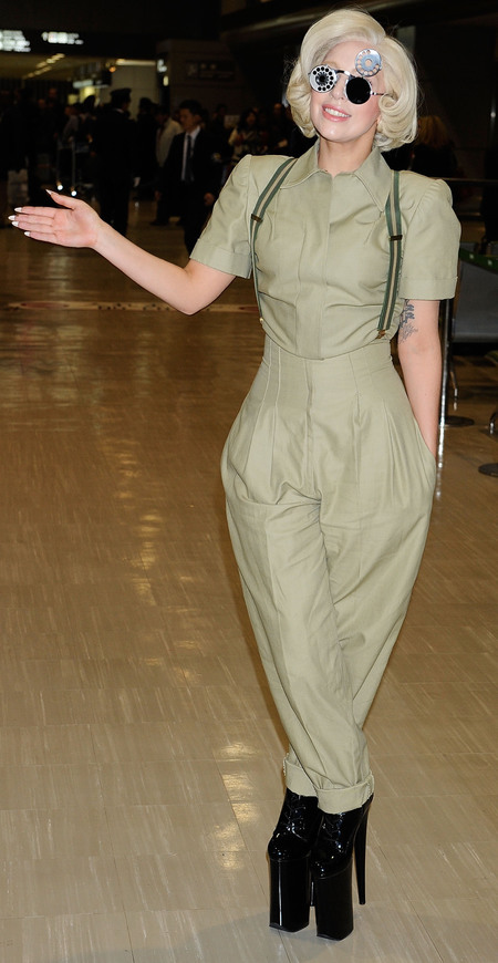 lady gaga in khaki coloured jumpsuit - blonde hair - im a celebrity jungle outfit - celebrity airport style - handbag.com