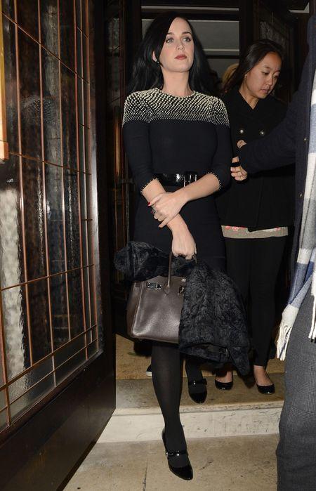 Katy Perry - brown birkin bag - alexander mcqueen dress - demure outfit - handbag.com