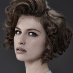 Hollywood waves party hairstyle for short hair