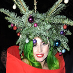 Is Christmas hair the new festive trend?